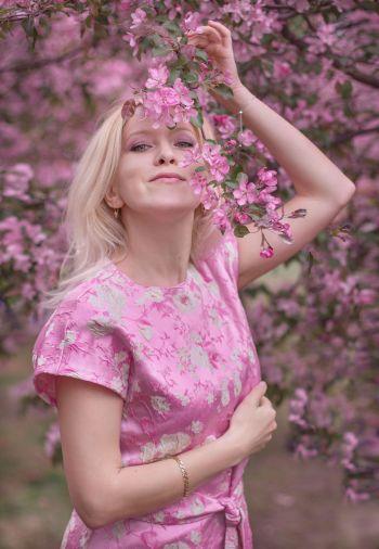 Сукня для казкової весни
