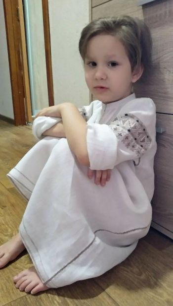 Дитяча сукня-вишиванка, східно-подільський стиль