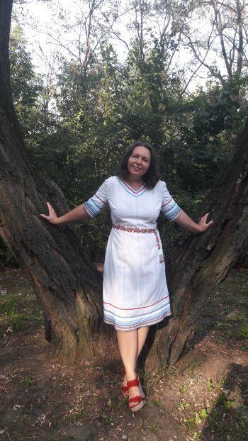 Сукня -псевдовишиванка