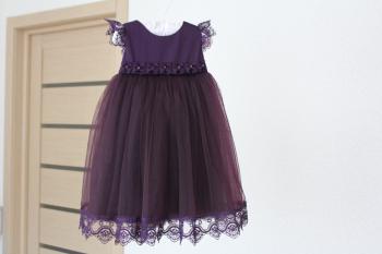 Ошатна сукня для дівчинки на один рік