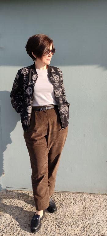 Вельветові брюки.