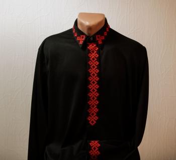 """Мужская вышиванка """"Красное на черном"""""""