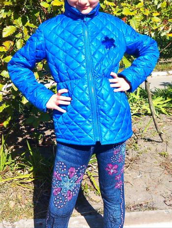 Куртка для дівчинки.