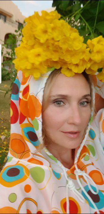 Блузка з капюшоном