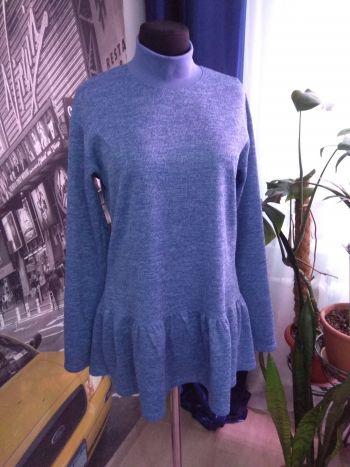 Пуловер з оборкою