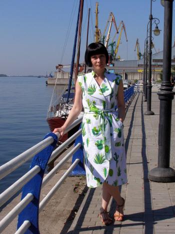 Сукня-жилет з кактусами. Майже круїз)