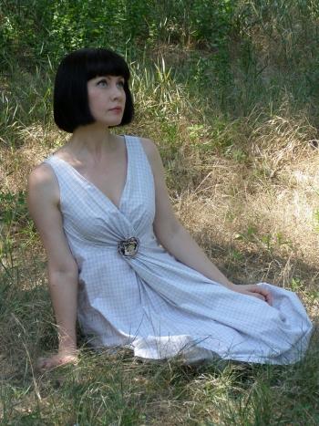 Легка сукня для спекотного літа