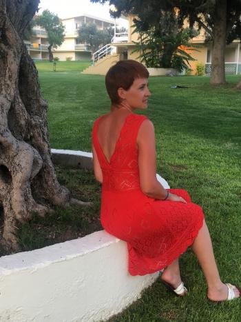 Сукня плетена, з відкритою спиною