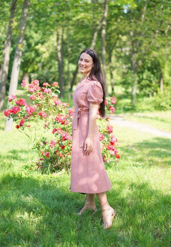 Сукня та троянди!