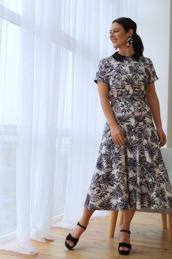 Сукня з акцентним коміром