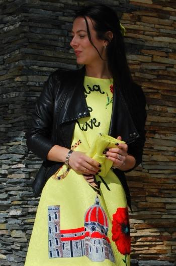 Сукня - повний плагіат!)