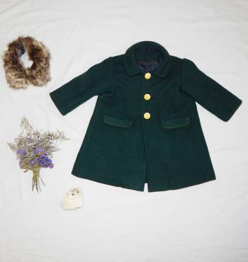 Дитяче пальто: знайди 10 відмінностей
