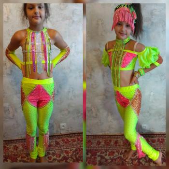 Другий варіант диско-костюма