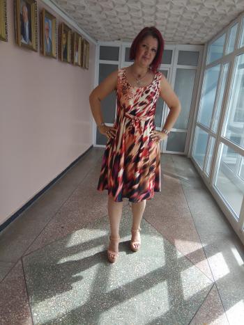А в мене сукня