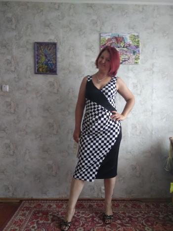 Сукня - чорно-біла фантазія