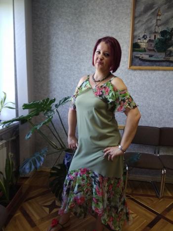 Довгообмірковувана сукня