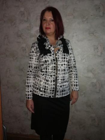 Блуза - доповнення до спідниці