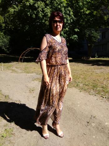 Сукня майже як червнева обкладинка