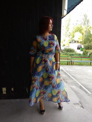 Сукня - органза в тюльпанах