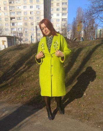 Оливкове пальто - коли на душі вже весна