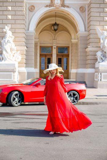 Шиємо простору сукню. Lady in red