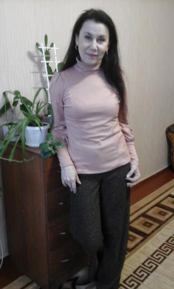 Вишуканий пуловер