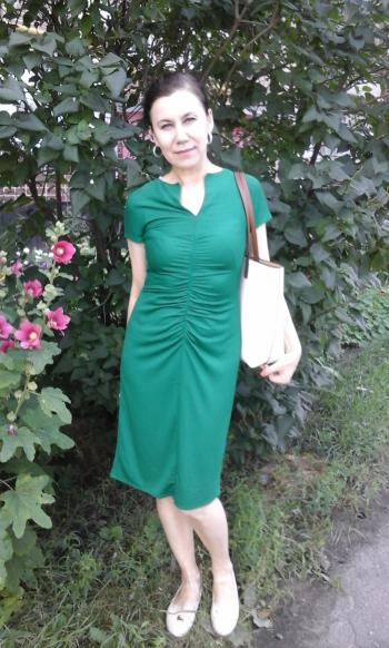Зелена як липка сукня