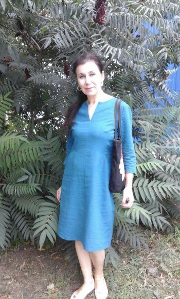 Сукня з льону