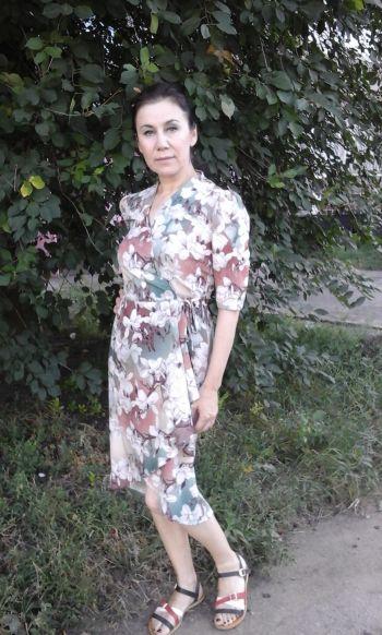 Сукня в азіатському стилі.