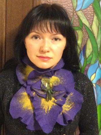 Чудовий валяний шарф