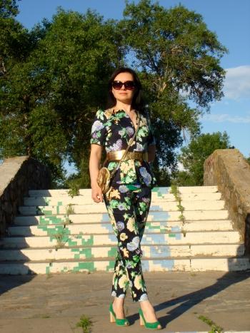 комплект : піжамні штанці + елегантна блуза
