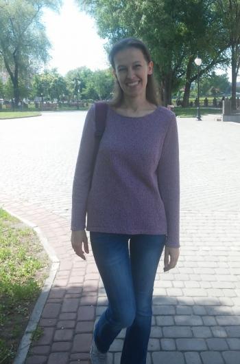 Комфортний пуловер