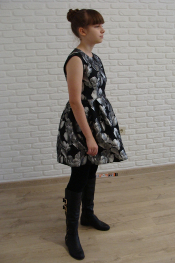 Чорно-срібні квіти. Сукня.