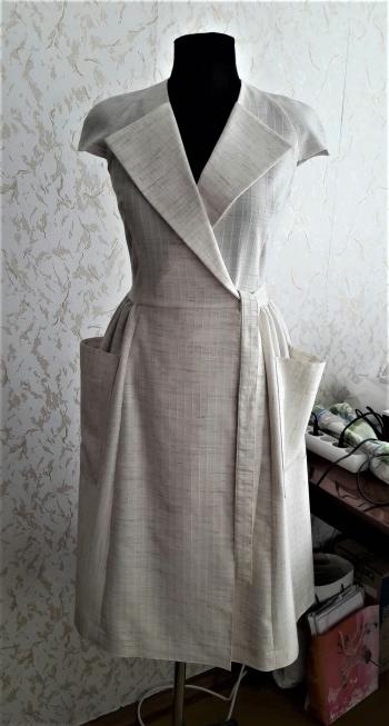 Сукня в стилі ретро
