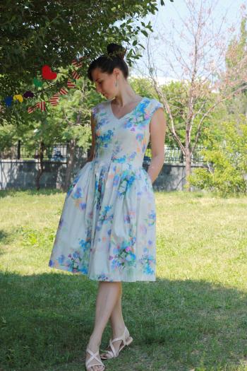 Акварельна сукня