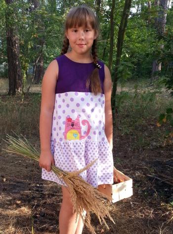 Сукня дитяча в горошок
