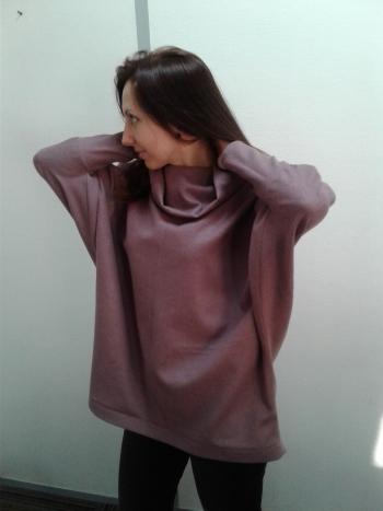 Оригінальний пуловер-туніка