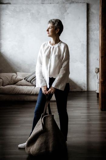 Біла блузка в стилі Етно