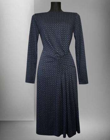 Сукня з оригінальною драпіровкою