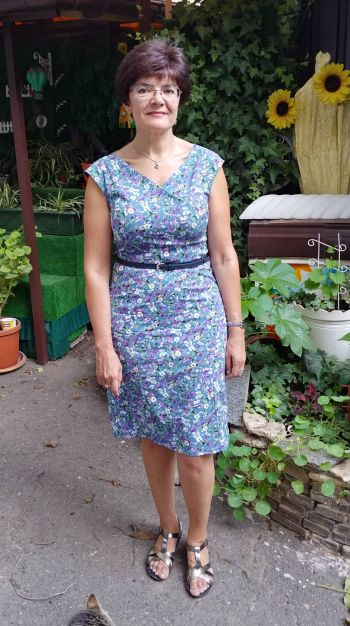 Літня сукня в стилі ретро