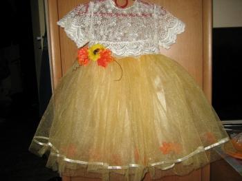 Святкова сукня для дівчинки