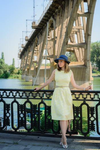 Круїз - сукня відрізна з розкльошеною спідницею