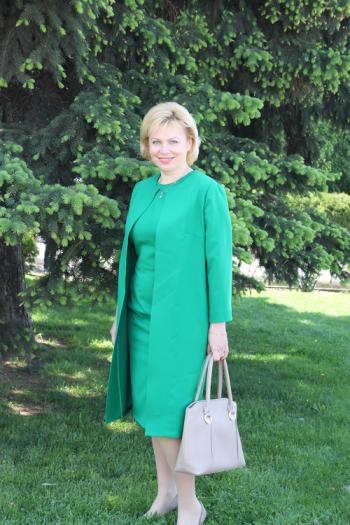 Літнє пальто і сукня-футляр