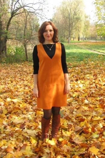 09/2012 Помаранч 105, Біла сукня 107, Рожева сукня 121