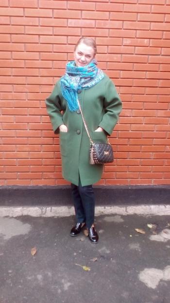 Пальто в стилі оверсайз (oversize)