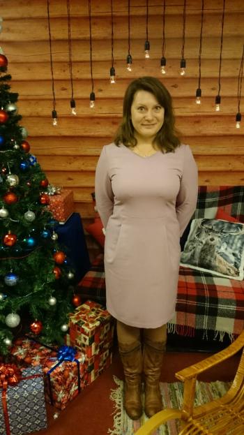Сукня без перехрещених планок