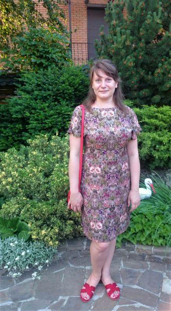 Популярна сукня травня