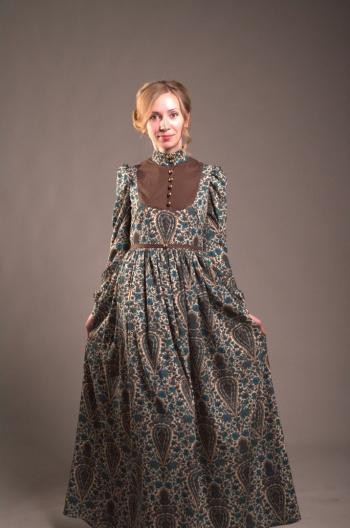 Сукня з минулого століття