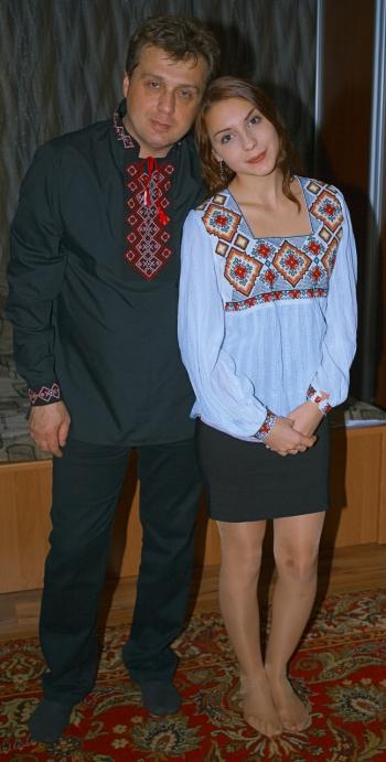 Чоловіча та жіноча  вишиванки