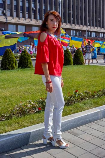 Флешмоб до Дня незалежності: лляна блуза з вишивкою